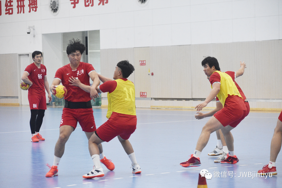 天津男子手球队瞄准全运会训练强度密度逐渐上调