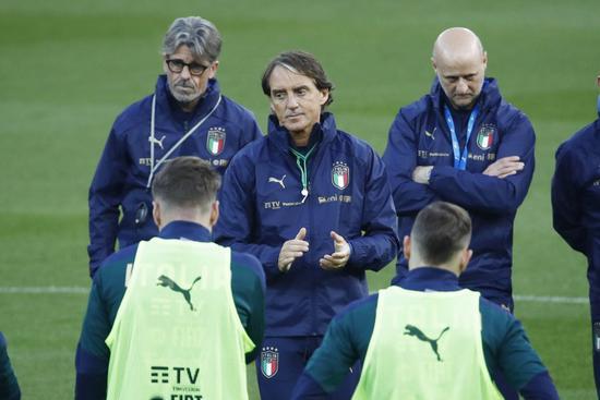 意大利前15场不败 曼奇尼是历史仅有三教练之一