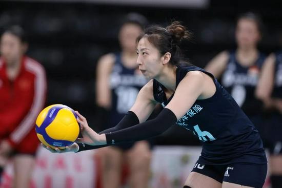 丁霞:中国女排奥运会每球必争每场必拼 冠军最大诀窍就是苦练
