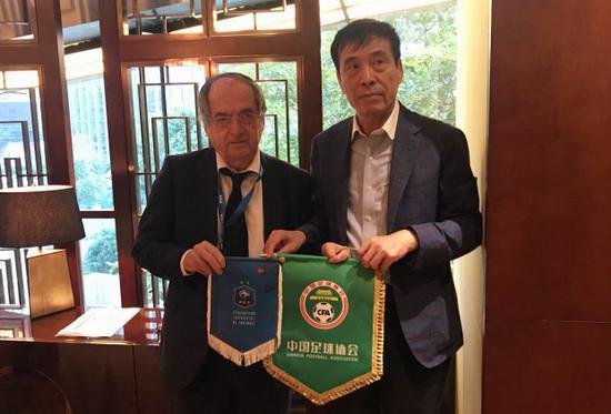 法国足协主席祝贺中超成功举办 足协将推动与其合作