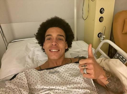 维特塞尔发文报平安:手术非常成功 更强大姿态回来啦!