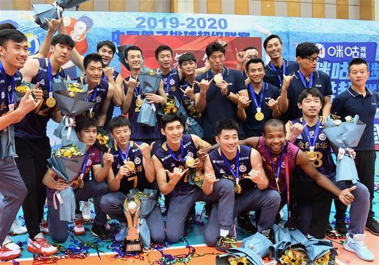 """16冠背后浓烈的""""排球荷尔蒙"""" 正融入上海这城市"""