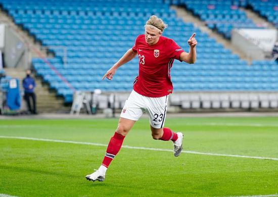 哈兰德国家队生涯首次戴帽 欧国联第6位戴帽球员