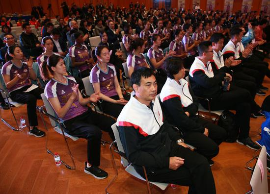 朱婷:天津女排具备冠军氛围 排超展中国女排风采