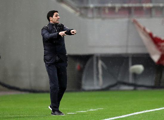 范佩西:阿森纳的球员缺乏心气 没有争冠的斗志