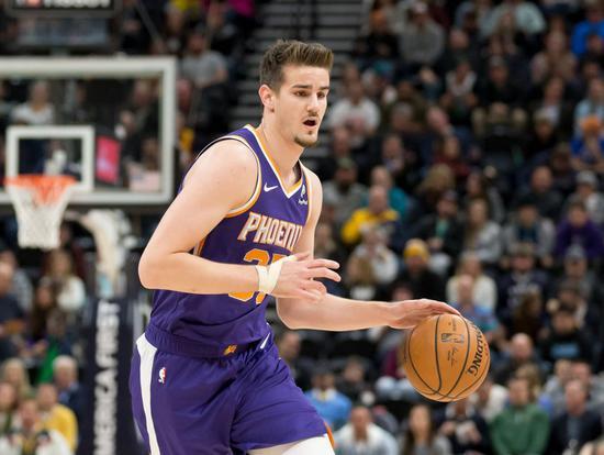 【博狗体育】4号秀被裁!22岁的他,就要从NBA退役?