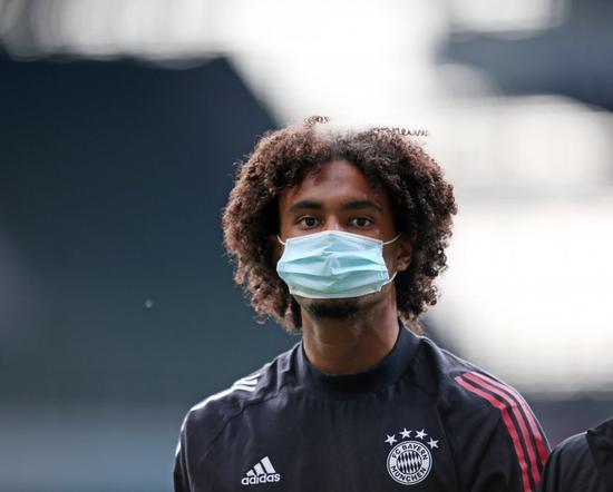 曝19岁齐尔克泽愿意加盟法兰克福 还需等待拜仁决定