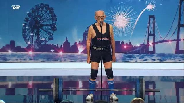 98岁超龄老人反助长 他的能量超乎你想象!