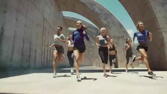 为什么别人跑步腿越来越细 你的腿越跑越粗?