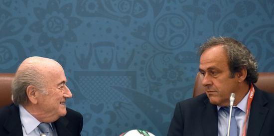 时任国际足联主席布拉特被革职,并被禁止参加足球业务6年