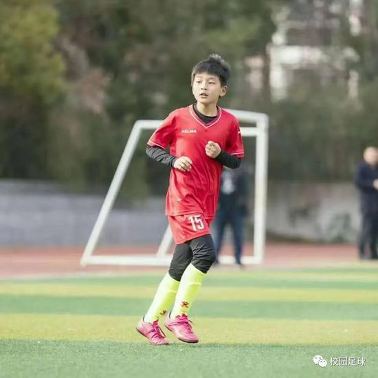 校园足球:孩子 你可知道我为什么要让你去踢球?