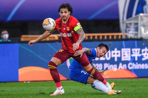 粤媒:恒大目标是亚冠冠军 考验卡帅执教能力时刻