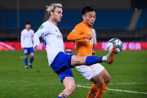 鲁能泰山队将与武汉卓尔展开足协杯半决赛第二回合的比赛
