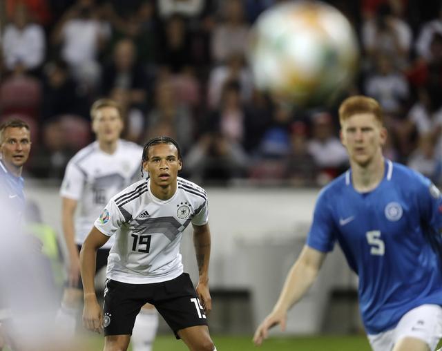 踢球者:拜仁高层对引进萨内和哈弗茨存在疑问