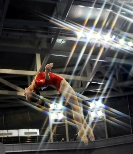 【博狗体育】即将而立的奥运双金精灵 她比13年前更美艳动人