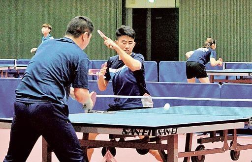 新添坡乒乓球队