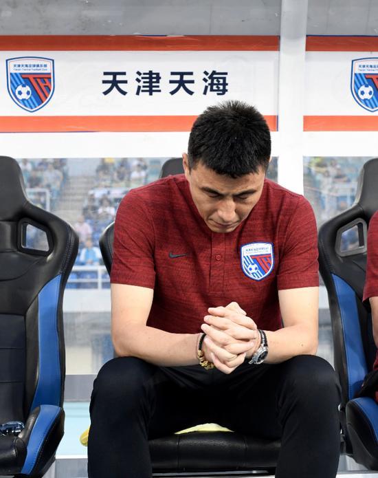 专访李玮锋:放弃薪水表达态度 坚守说明球队没问题