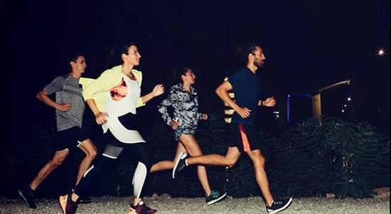 Q7:为什么有人晨跑状态更益,有人夜跑质量高?