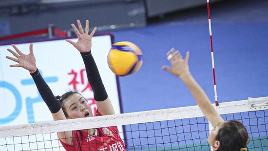 江苏女排冠军气质初显 上海女排被反转到底输在哪?