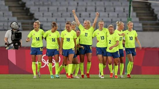 超级冷门美国女足0-3不敌瑞典 4冠王44场不败终结