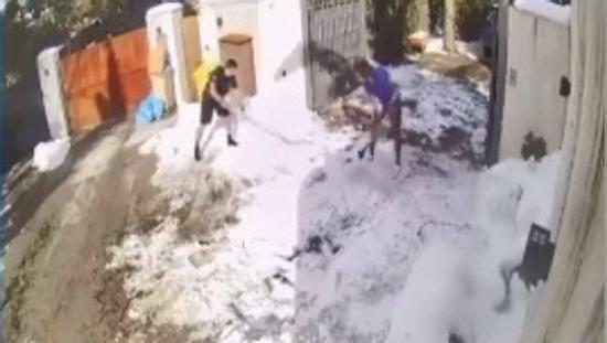 马塞洛去找私家体能师训练 终究一部分内容是扫雪