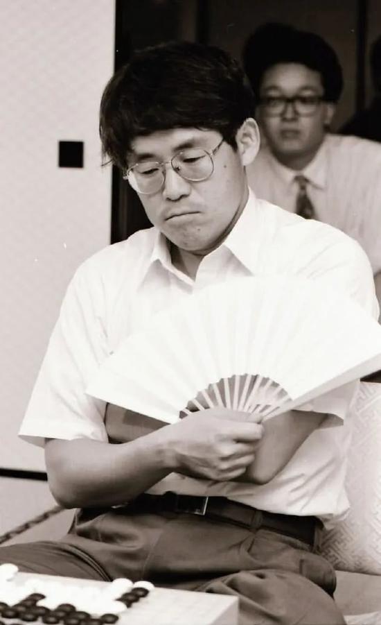 走近日本棋手小林光一:大器晚成的棋手人生