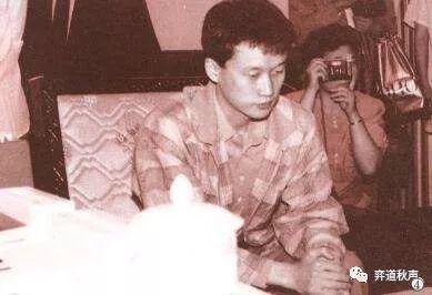 年轻时的刘昌赫帅气无缺
