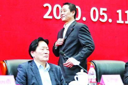 留洋先驱国足功臣+商界高手 他将上海足球带向何方