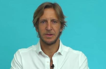 意大利《天空体育》的嘉宾安布罗西尼盛赞了前队友伊布