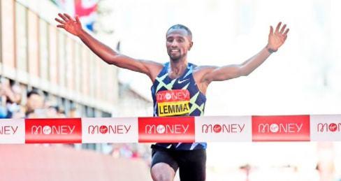 伦敦马拉松冠军是新冠密接 跑过终点后被迅速带离