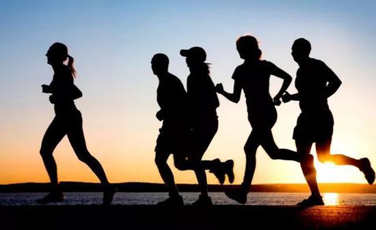 跑量保持稳定的情况下 如何提升自己的跑步能力?