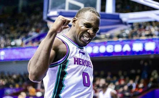 赛季报销!消失整整2年,中国篮球最大的损失…