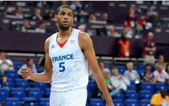 巴图姆:法国队有望成防守最好的球队之一!