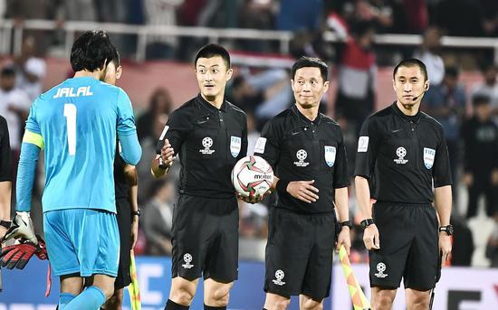 中国裁判组曾执法亚洲杯。图/Osports