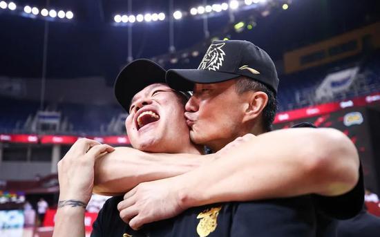 李慕豪下赛季明确将加盟代理北京首钢男篮