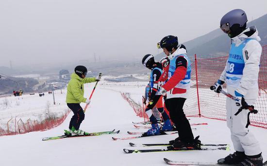京市青少年滑雪队成立于2017年,队员均由中小学在校学生组成