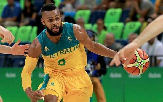 米尔斯:望延续东京奥运势头 将动力带到篮网
