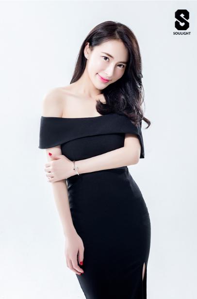 张春光创Soulight牌手潮流品牌 女神赖珮珮代言