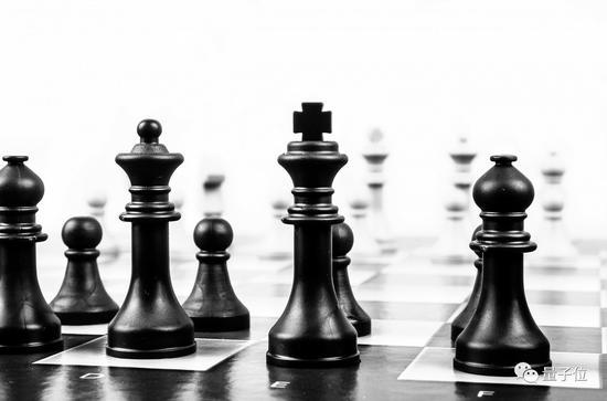 马库斯再谈AlphaGo Zero:不是从零开始