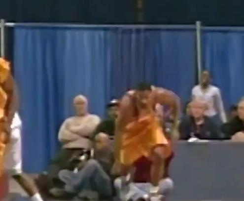 罗斯高中时期打球视频曝光!骚断了老夫的腰