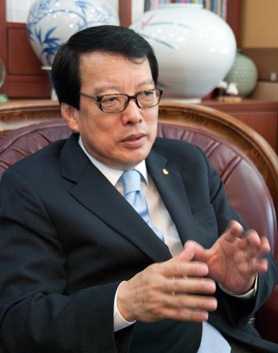 大韩围棋协会副会长崔钟俊