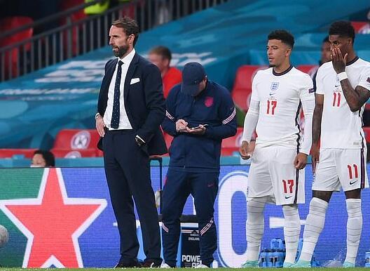 名宿批索斯盖特:英格兰将2-0击败乌克兰 勒夫索斯盖特比烂
