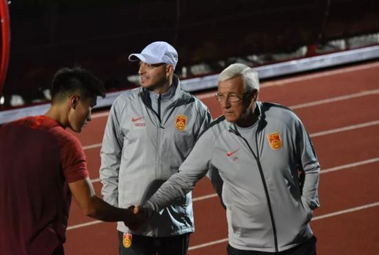 鲁媒:北大学霸能否留鲁能不好说 要赢得教练信任