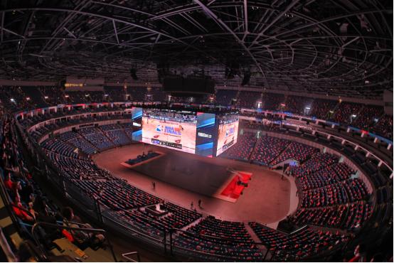 4000球迷齐聚NBA观赛派对 共享总决赛