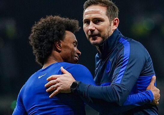 切尔西与巴西球星威廉重新开启了续约谈判