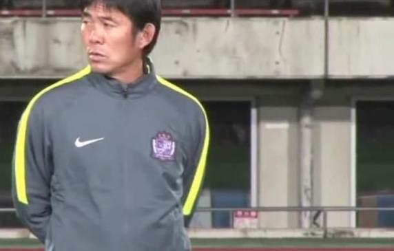 日本主帅:随着归化球员加入 中国队实力会提高
