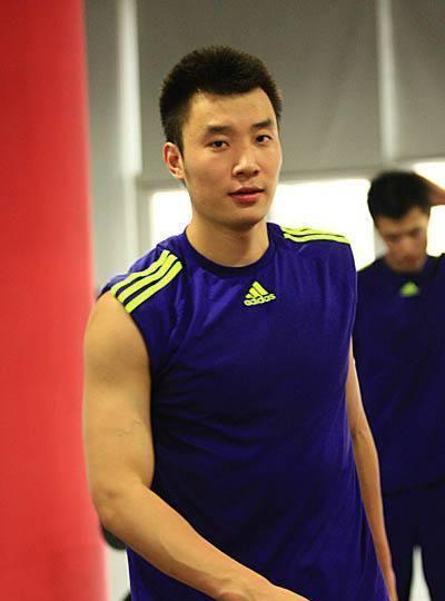 中国男排公布国家队名单 35岁崔建军再度回归!
