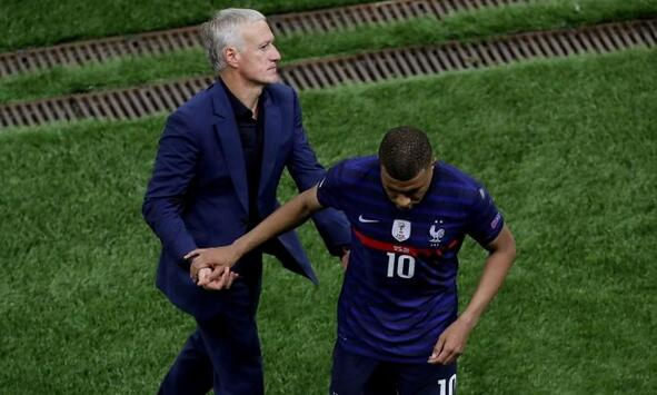 德尚:法国队拥有姆巴佩时更强大 想要拿冠军!