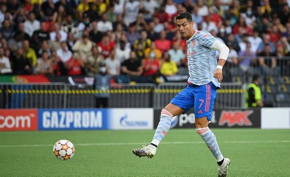 泪目!C罗时隔4515天再次为曼联在欧冠中进球