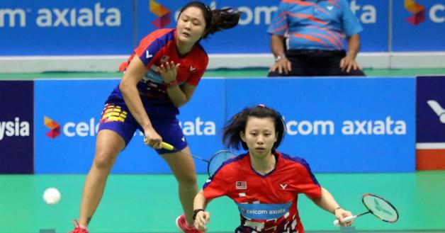 林秋仙(左)